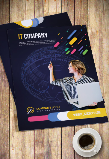 IT Company – PSD Bi-Fold Brochure Template